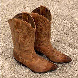 90415db86ce Aldo cowboy boots